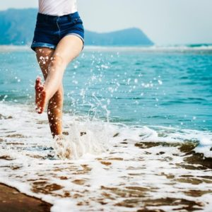 Andar alivia las piernas cansadas